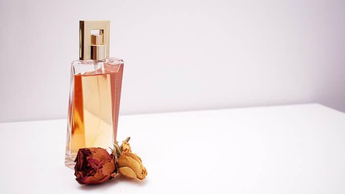 rose perfume water