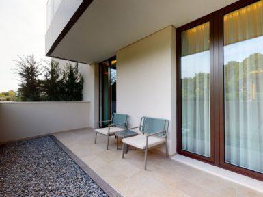 Elena residences balkony