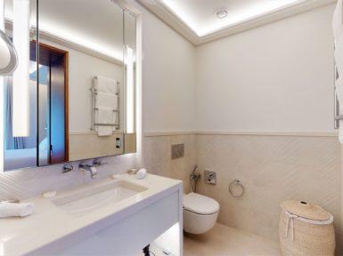 The look of a bathroom in Elena
