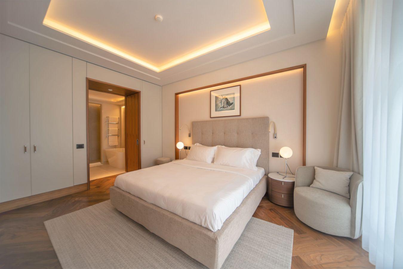 Bedroom in beige