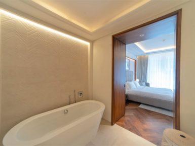 Bathroom with a bath tub